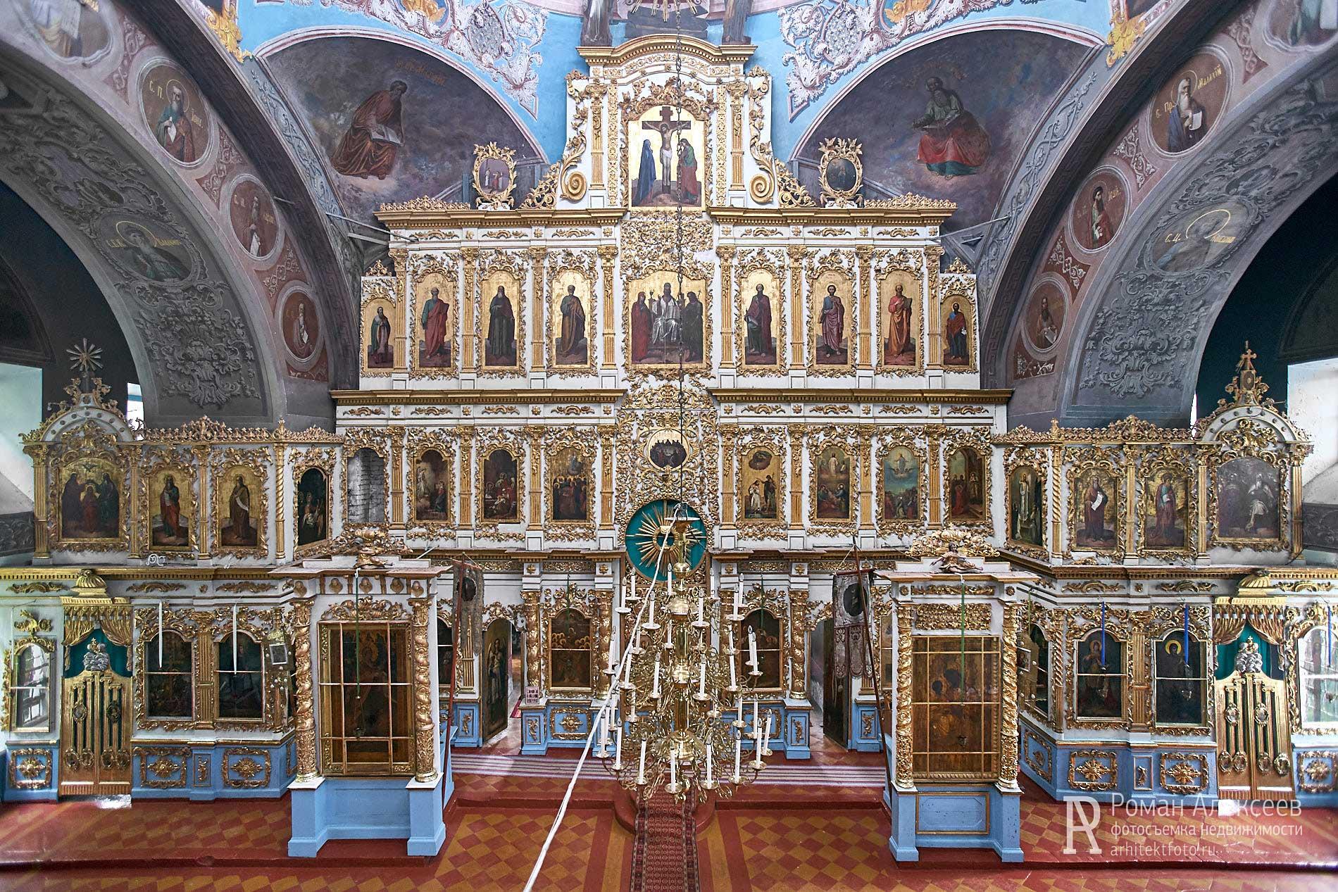 Фото иконостаса Церкви св Троицы в селе Эрлекс
