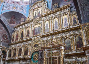 Фото иконостаца в Троицкой церкви Эрлекс