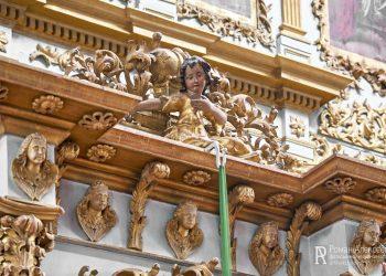 детали интерьера церкви