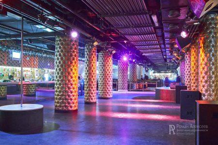 Фото интерьера в ночном клубе