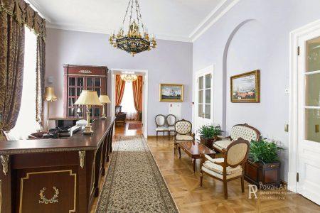 Интерьер Петровского путевого дворца