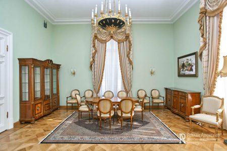 Номер в Петровском путевом дворце фото