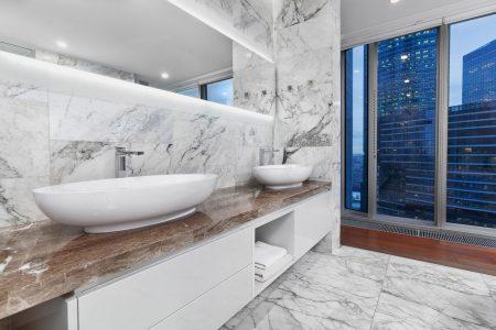 ванная в башне око