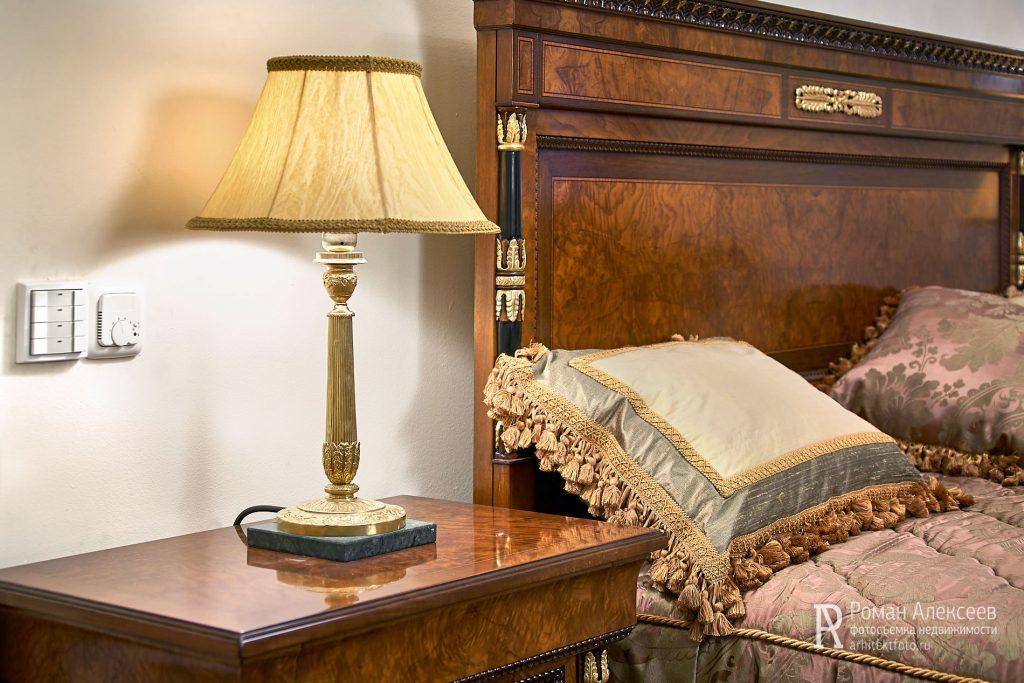 Настольная лампа классицизм фото